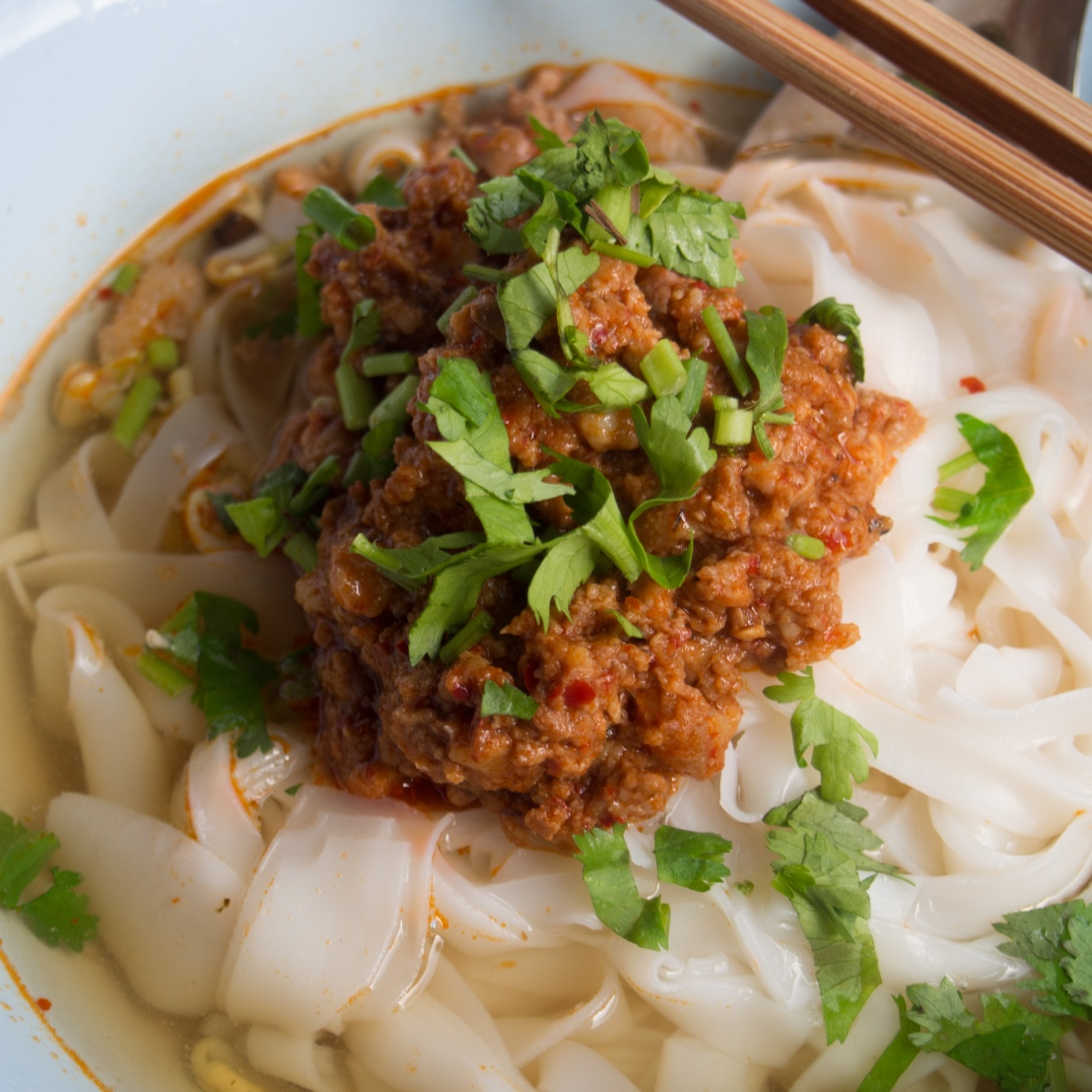 Do you know any Thai expressions about noodles?
